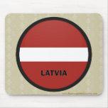Bandera de la calidad de Letonia Roundel Alfombrillas De Raton