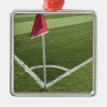 Bandera de la esquina roja en campo de fútbol adorno para reyes