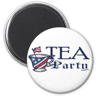 Bandera de la fiesta del té patriótica imán redondo 5 cm