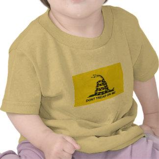 Bandera de la fiesta del té camiseta