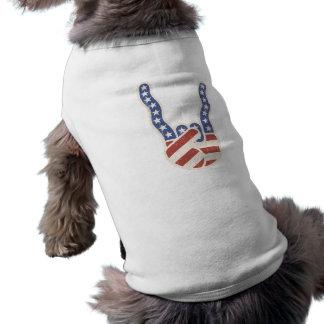 Bandera de la mano de la roca ondulada playera sin mangas para perro