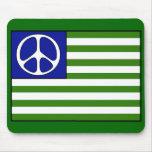 Bandera de la paz tapetes de raton