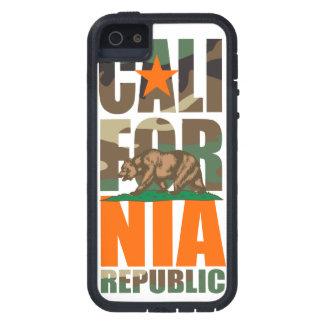 Bandera de la república de California del camuflaj iPhone 5 Case-Mate Cárcasas
