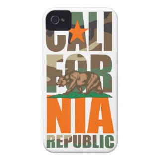 Bandera de la república de California del camuflaj Case-Mate iPhone 4 Protectores
