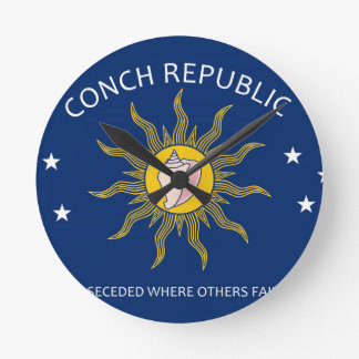 Bandera de la república de la concha reloj redondo mediano