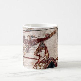 Bandera de la tapicería de Bayeux Taza Clásica