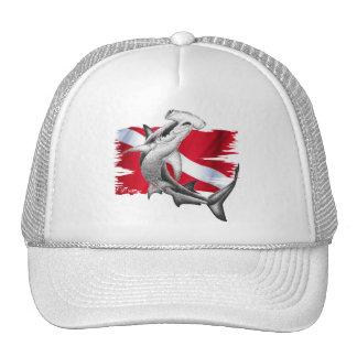 Bandera de la zambullida con el tiburón-buceador gorra