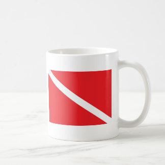 Bandera de la zambullida del EQUIPO DE SUBMARINISM Taza De Café