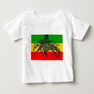Bandera de las raíces camisas