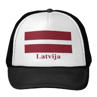 Bandera de Letonia con nombre en Latvian Gorra