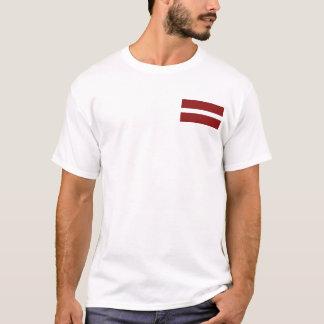 Bandera de Letonia y camiseta del mapa