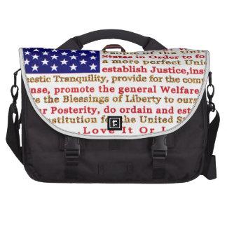 Bandera de los E E U U americanos con palabras la