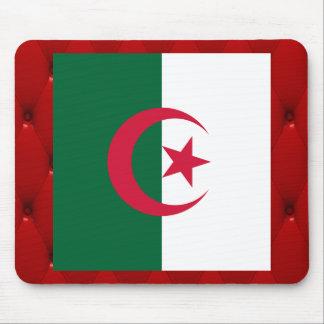 Bandera de lujo de Argelia en fondo rojo del Alfombrilla De Ratón