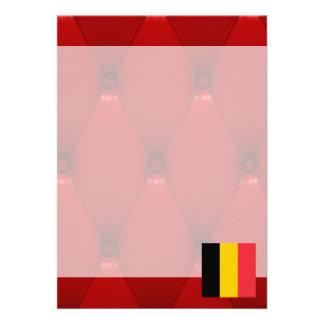 """Bandera de lujo de Bélgica en fondo rojo del Invitación 5"""" X 7"""""""