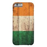Bandera de madera de Irlanda Funda De iPhone 6 Barely There