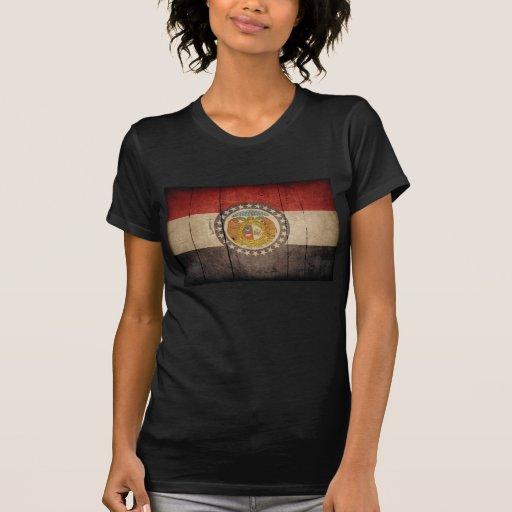 Bandera de madera rugosa de Missouri Camisetas