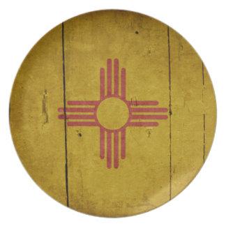 Bandera de madera rugosa de New México Plato Para Fiesta