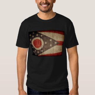 Bandera de madera rugosa de Ohio Playera