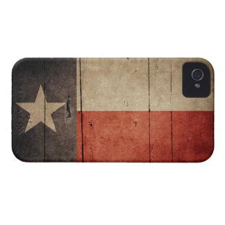 Bandera de madera rugosa de Tejas iPhone 4 Case-Mate Protectores