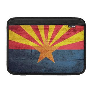 Bandera de madera vieja de Arizona Fundas MacBook