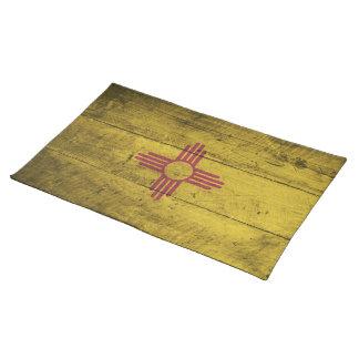 Bandera de madera vieja de New México; Mantel