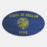 Bandera de madera vieja de Oregon; Calcomania Ovalada