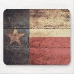 Bandera de madera vieja de Tejas; Alfombrilla De Ratones