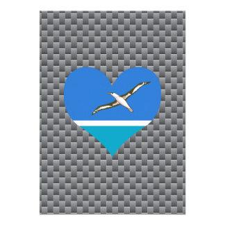 Bandera de Midwayer en un fondo nublado