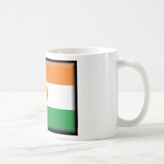 Bandera de Niger Taza Básica Blanca
