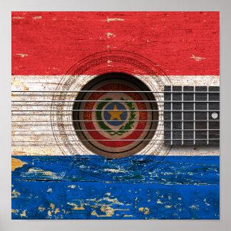 Bandera de Paraguay en la guitarra acústica vieja Impresiones