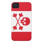 Bandera de pirata de Canadá iPhone 4 Case-Mate Carcasas