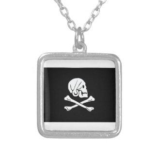 Bandera de pirata de Henry cada Colgante Cuadrado