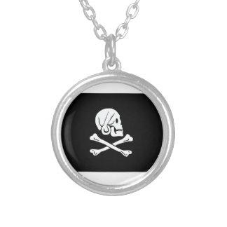 Bandera de pirata de Henry cada Colgante Redondo