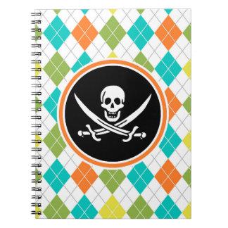Bandera de pirata en el modelo colorido de Argyle Libreta