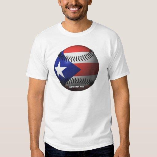 Bandera de Puerto Rico que cubre un béisbol Playera