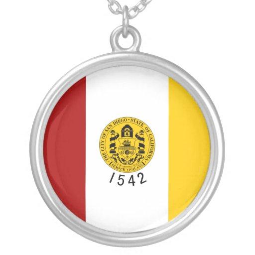 Bandera de San Antonio Collar Plateado