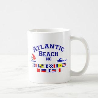 Bandera de señal atlántica del NC de la playa Taza Clásica