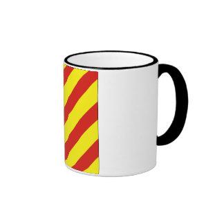 Bandera de señal del yanqui (y) taza