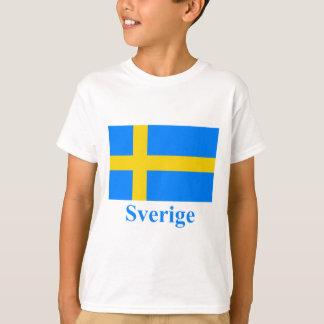 Bandera de Suecia con nombre en sueco Playera