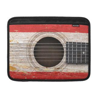 Bandera de Tahitian en la guitarra acústica vieja Funda MacBook