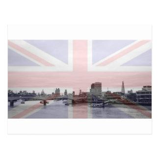 Bandera de Union Jack del horizonte de Londres Postal