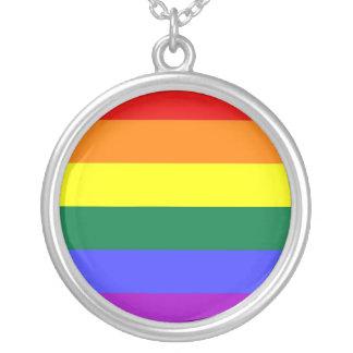 Bandera del arco iris de la barra horizontal del colgante redondo