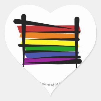 Bandera del cepillo del orgullo gay del arco iris pegatina en forma de corazón