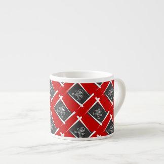 Bandera del cepillo del pirata taza espresso