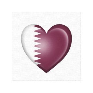 Bandera del corazón de Qatari en blanco Impresiones En Lona
