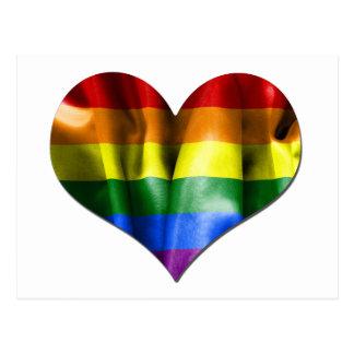 Bandera del corazón del amor del orgullo gay postal
