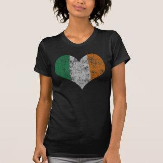 Bandera del corazón del vintage de Irlanda Camisas