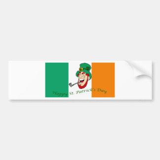 Bandera del día de St Patrick feliz Etiqueta De Parachoque