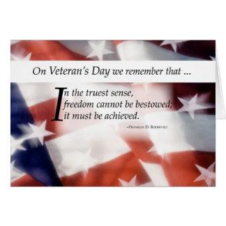 Bandera del día de veterano tarjeta de felicitación