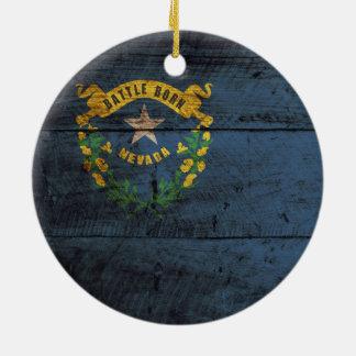 Bandera del estado de Nevada en grano de madera Adorno Navideño Redondo De Cerámica